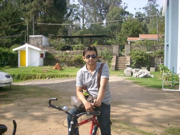 Cycling around Kodaikanal Lake