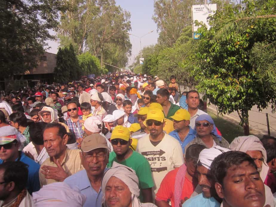 The never ending line at wagah Border