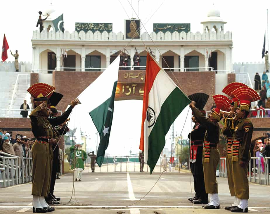 Soldiers at Wagah Border (Source)