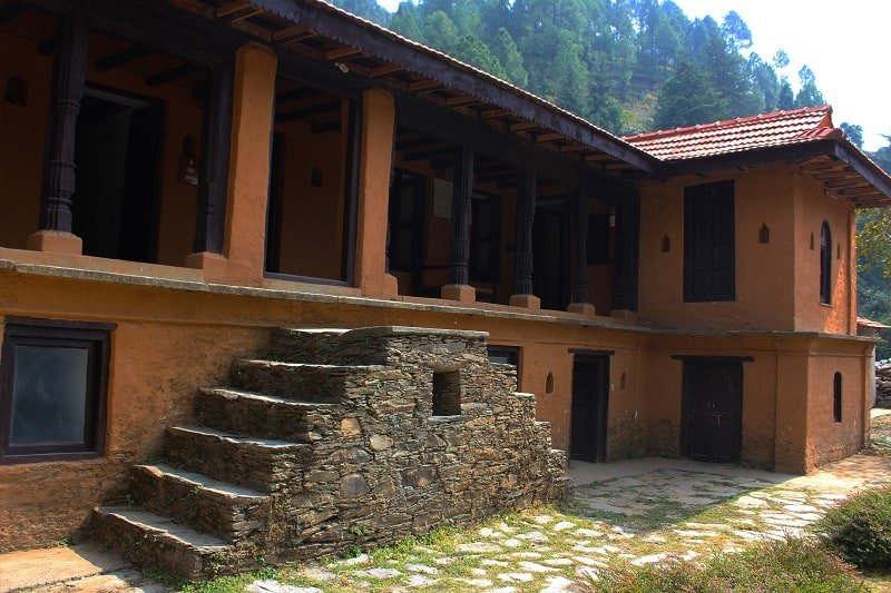 Saur village, the terraces, kanatal