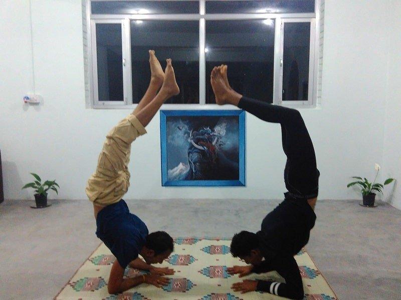 Arya marga Yoga Bir