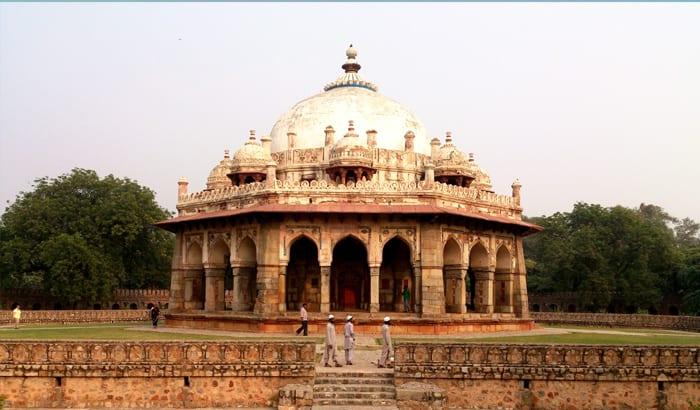isa-khans-tomb-delhi