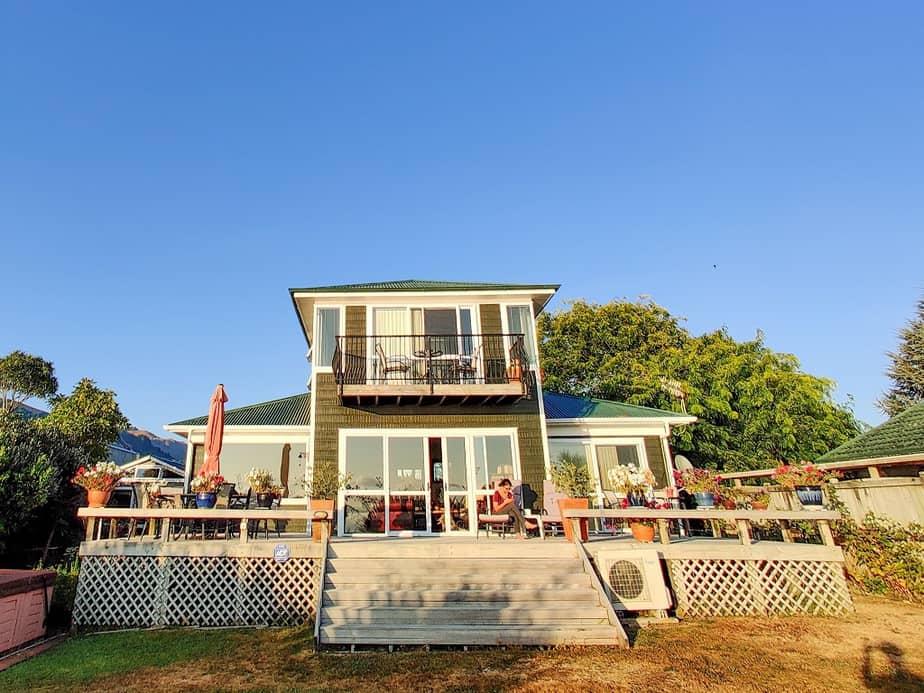 Shula's Lake House Rotorua (Airbnb)